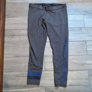 Under armor women's fitted sweats size XL